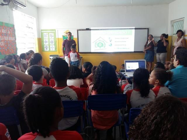Saúde Ambiental - Cuidados com o mosquito Aedes Aegypti. Escola Nossa Senhora das Grotas. Juazeiro-BA. 14-03-2016