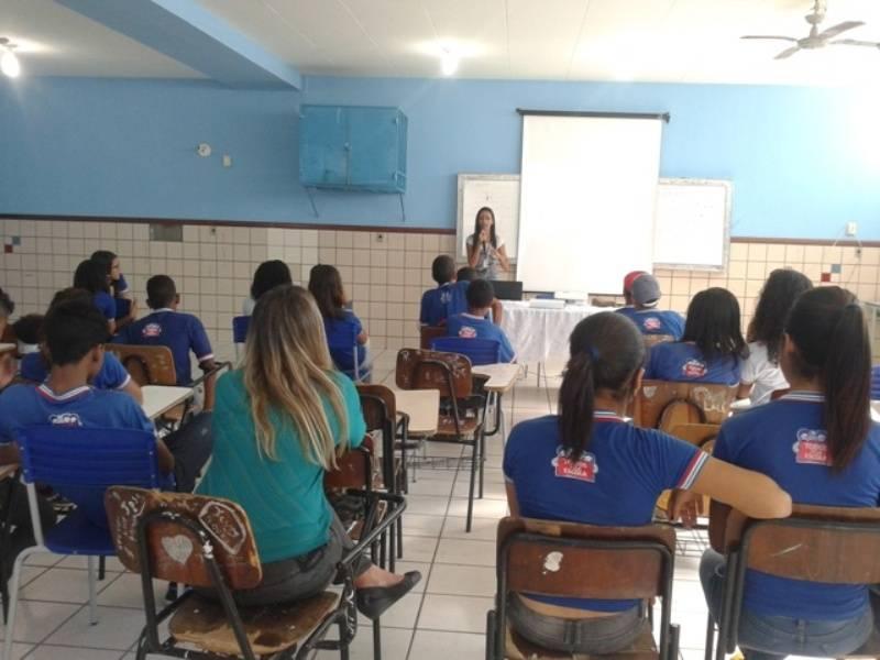 Atividade sobre coleta seletiva - Colégio Estadual Rui Barbosa - Juazeiro-BA - 02.09.15