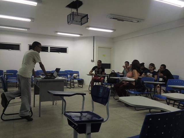 Apresentação do PEV. Universidade do Estado de Pernambuco (UPE). Petrolina-PE. 05-06-2016 (1)