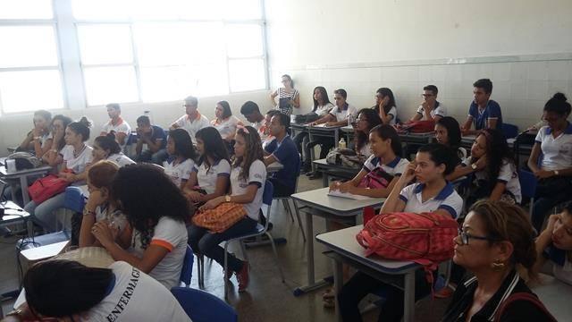 Saúde Ambiental - Sexualidade, Gravidez e DSTs na Adolescência. Centro Territorial de Educação Profissional (CETEP). Juazeiro-BA. 28-04-2016