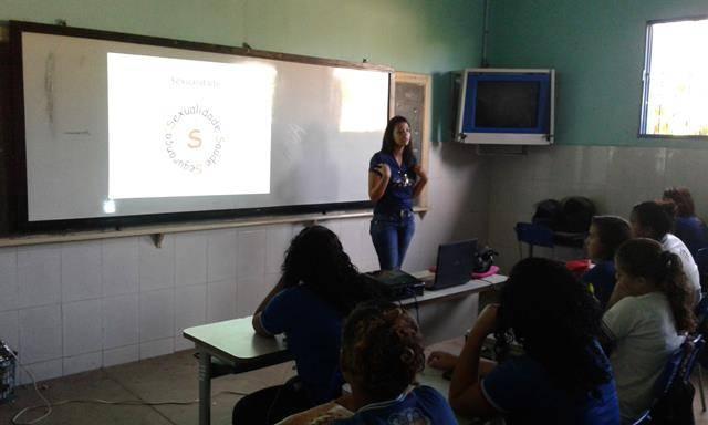 Saúde Ambiental - Sexualidade, Gravidez e DSTs na Adolescência. Escola Lomanto Júnior. Juazeiro-BA. 12-05-2016