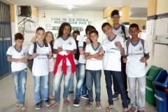 Adesivos Socioambientais São Afixados Em Escolas