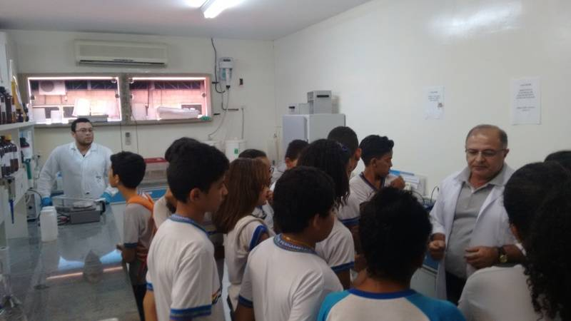Visita técnica à Embrapa - Escola Estadual Gercino Coelho - Petrolina-PE - 10.11.15
