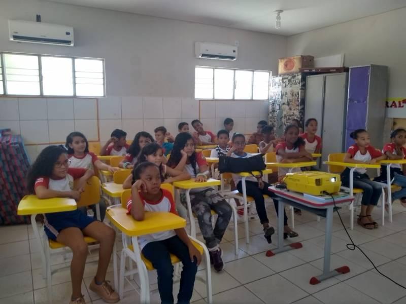 Atividade Hortas Escolares. Escola Ludgero de Souza Costa. Juazeiro-BA. 01/03/2019.