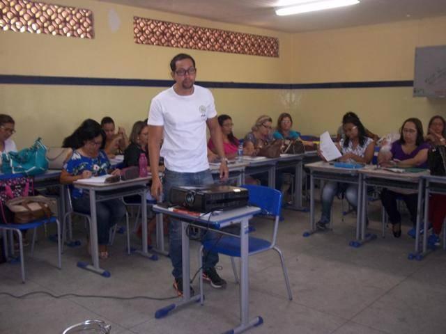 Atividade de ambientalização - Escola Adelina Almeida - Petrolina-PE - 12.02.16