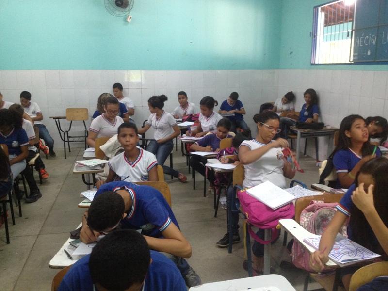 Atividade sobre arborização - Colégio Lomanto Júnior - Juazeiro-BA - 07.10.15