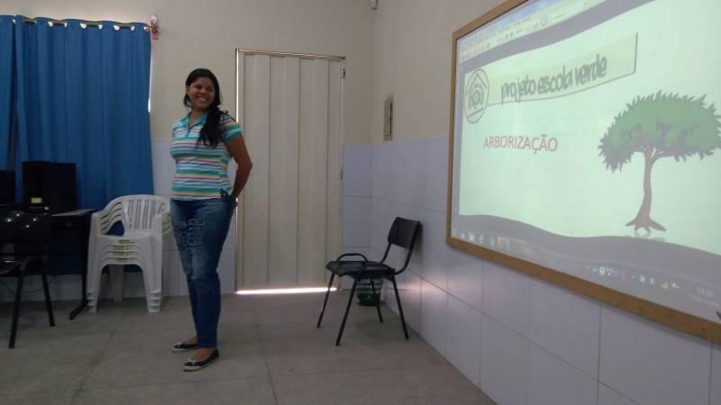 Atividades de Arborização. Escola Professora Maroquinha. Petrolina-PE. 24/03/2017.
