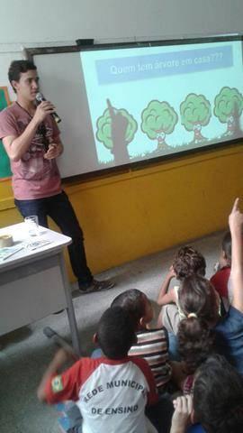 Atividades de arborização. Escola Nossa Senhora Rainha das Grotas. Juazeiro-BA. 01-04-2016 (10)