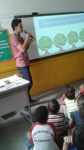 Atividades de arborização. Escola Nossa Senhora Rainha das Grotas. Juazeiro-BA. 01-04-2016 (12)