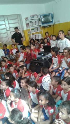 Atividades de arborização. Escola Nossa Senhora Rainha das Grotas. Juazeiro-BA. 01-04-2016 (14)
