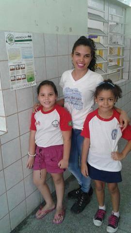 Atividades de arborização. Escola Nossa Senhora Rainha das Grotas. Juazeiro-BA. 01-04-2016 (28)