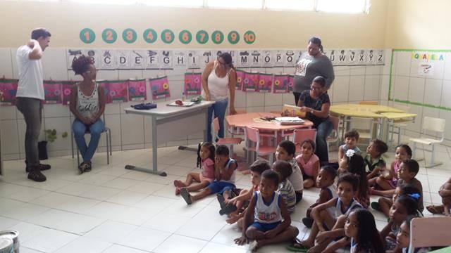 Atividades de Arborização. Escola EMEI Maria Viana Tanuri. Juazeiro-BA. 04-11-2016