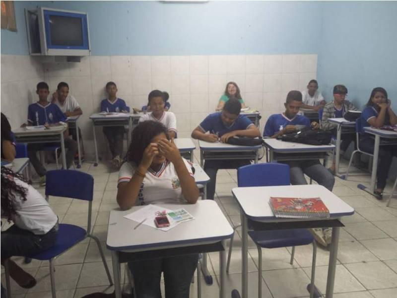 Atividade de arborização - Escola Antonílio da França Cardoso - Juazeiro-BA - 09.11.15