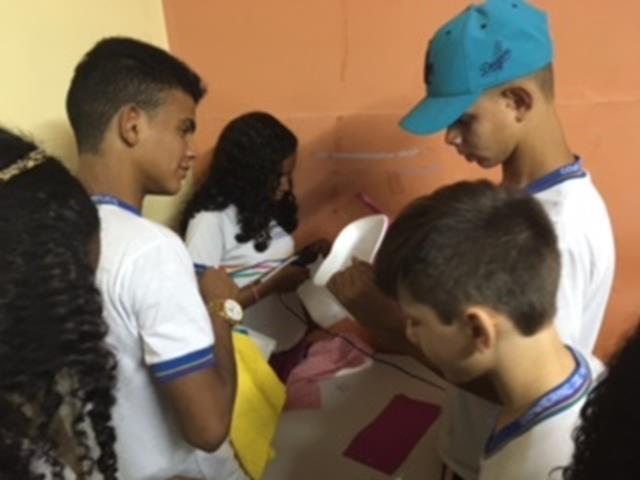 Atividades de Arte Ambiental. Escola Moyses Barbosa. Petrolina-PE. 08-11-2016
