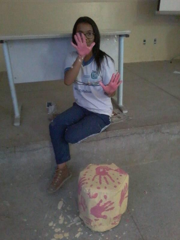 Atividade de reciclagem e reutilização de materiais - Escola Clementino Coelho - Petrolina-PE - 04.11.15