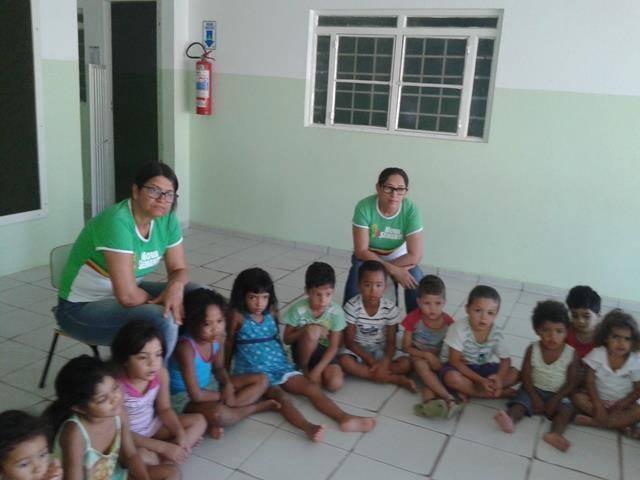 Arte ambiental. Escola Infantil Unidade de Acolhimento Marcelo Brito. Petrolina-PE. 28-07-