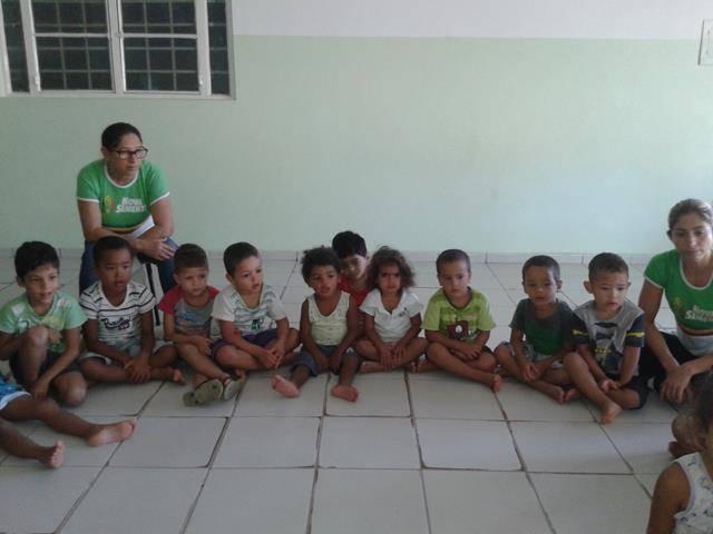 Arte ambiental. Escola Infantil Unidade de Acolhimento Marcelo Brito. Petrolina-PE. 28-07- (3)