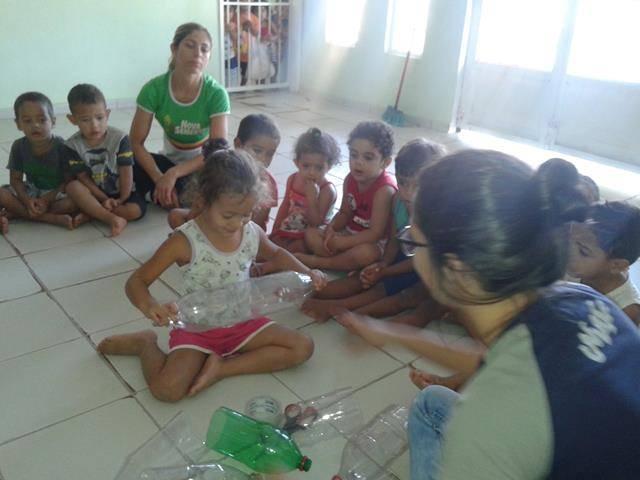 Arte ambiental. Escola Infantil Unidade de Acolhimento Marcelo Brito. Petrolina-PE. 28-07- (4)