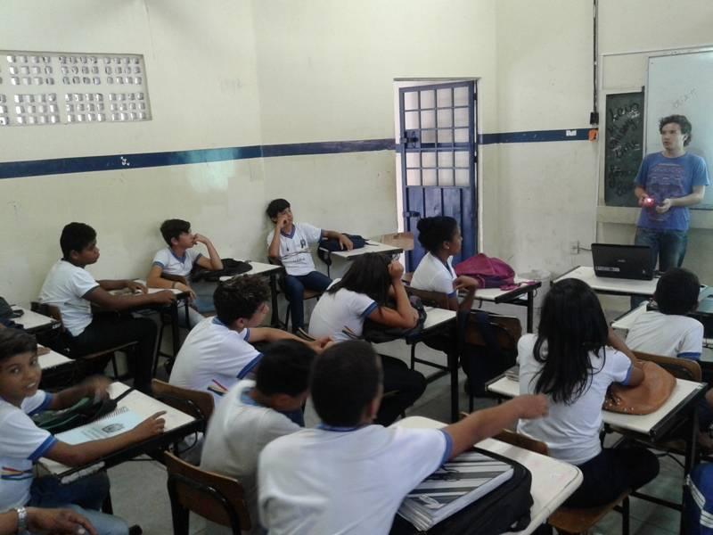 Atividade sobre escassez de água - Escola Moysés Barbosa - Petrolina-PE - 26.08.15