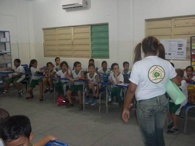 Atividade de Arte Ambiental - Escola São Domingos Sávio - Petrolina-PE - 04.03.2016