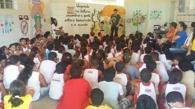 Atividade de Arborização. Iracema Pereira da Paixão. Juazeiro-BA. 31-03-2016