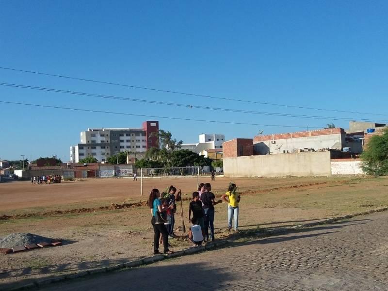Atividade de arborização - Escola Joca de Souza - Juazeiro-BA - 29.09.15