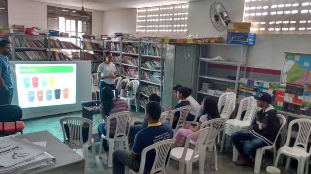 Atividades de Coleta Seletiva. Escola Dr José Gonçalves. Senhor do Bonfim-BA. 06-09-2016