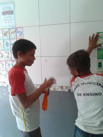 Atividade de coleta seletiva. Escola Argemiro José da Cruz. Juazeiro-BA. 29-07-2016
