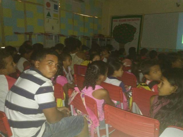Atividade de coleta seletiva. Escola Luis Cursino. Juazeiro-BA. 03-08-2016