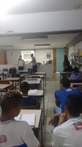 Atividade de coleta seletiva. Escola Polivalente Américo Tanuri. Juazeiro-BA. 05-08-2016 (3)