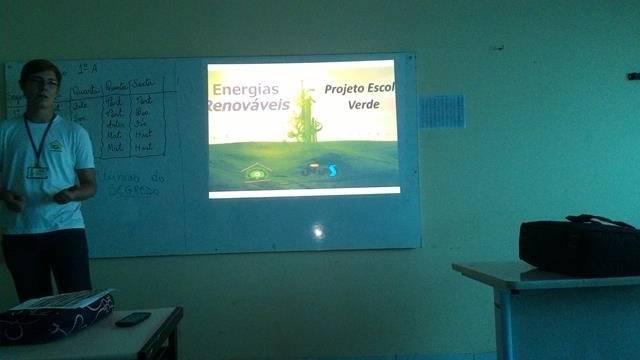 Energias Renovaveis. Escola Marechal Antonio Alves Filho (EMAAF). Petrolina-PE. 11-04-2016 (3)