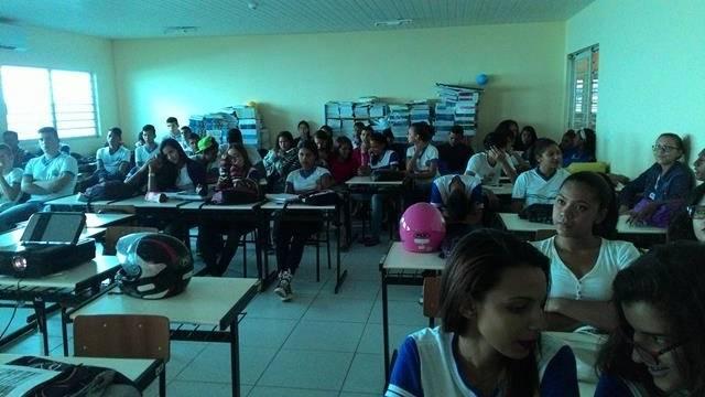 Energias Renovaveis. Escola Marechal Antonio Alves Filho (EMAAF). Petrolina-PE. 11-04-2016 (7)
