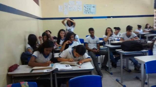 Atividades sobre Energias Renováveis. Escola Adelina Almeida. Petrolina-PE. 07-10-2016