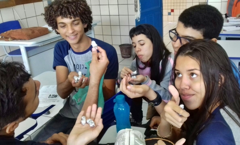 Atividades sobre plantas medicinais. Escola Rui Barbosa. Juazeiro-BA. 06/05/2017.