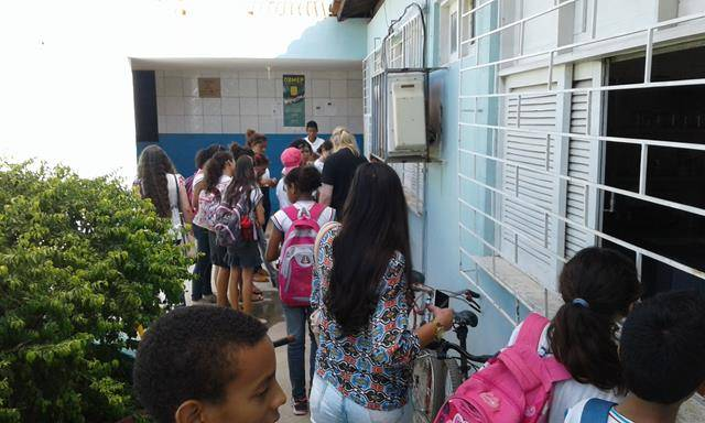 Atividades de Saúde Ambiental. Escola Helena Celestino. Juazeiro-BA. 06-04-2016