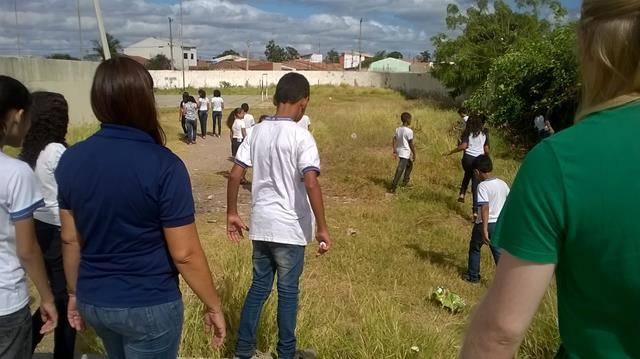 Atividades de Saúde Ambiental. Escola Prof Simão Amorim Durando. 18-04-2016