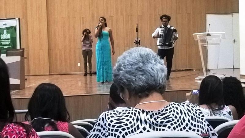Camila Yasmine, Ivan Pereira e Banda da PM/BA no III COBEAI. Juazeiro, BA (21/11)