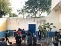 Alunos das esolas municipais de Boituva-SP reslizam a plantação de mudas