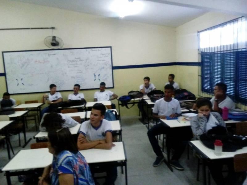 Discussão sobre Coleta Seletiva impactou 20 alunos em Petrolina. Atividade ocorreu dia 8.5.