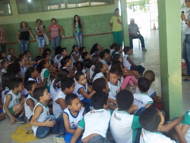 Atividade de Coleta Seletiva - Escola Anésio Leão - Petrolina-PE - 10.03.16