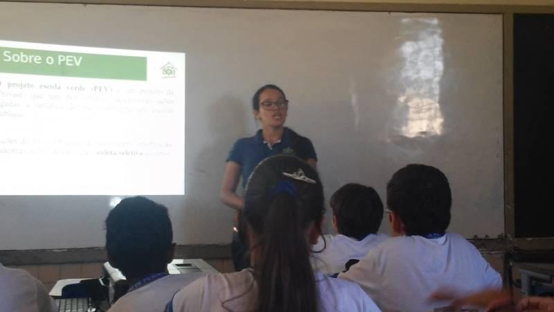 Atividade de coleta seletiva - Escola Dom Malan - Petrolina-PE - 04.09.15