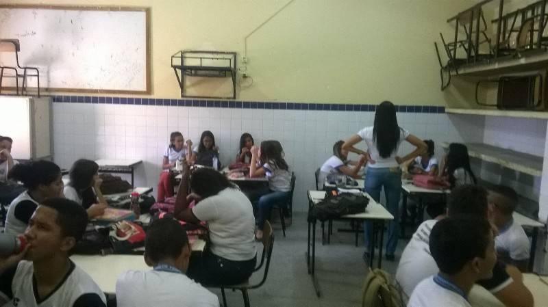Atividade de coleta seletiva - Escola Professor Simão Amorim Durando - Petrolina-PE - 17.08.15