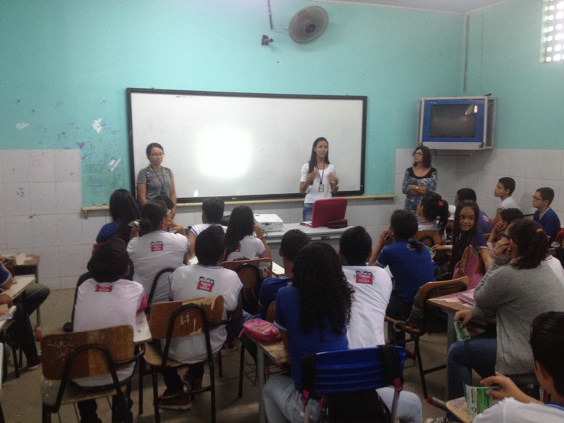 Palestra sobre coleta seletiva - Colégio Lomanto Júnior - Juazeiro-BA - 20.08.15
