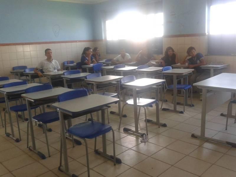 Palestra sobre coleta seletiva - Escola Estadual Artur Oliveira - Juazeiro-BA - 20.08.15