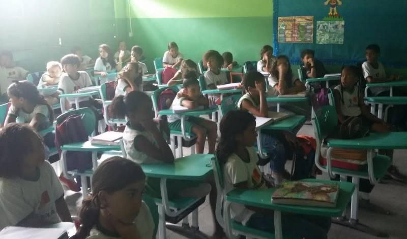 Atividades de Coleta Seletiva. Escola José Joaquim. Petrolina-PE. 04/05/2017.