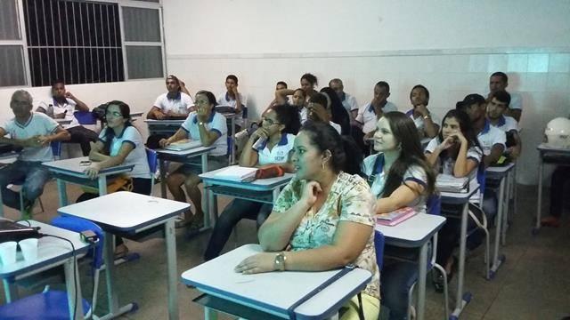 Saúde Ambiente. Centro Territorial de Educação Profissional (CETEP). Juazeiro-BA. 27-04-2016 (10)