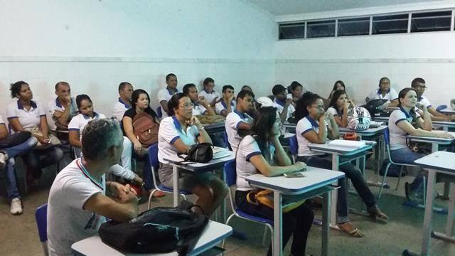Saúde Ambiente. Centro Territorial de Educação Profissional (CETEP). Juazeiro-BA. 27-04-2016 (12)