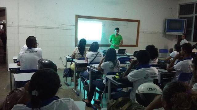 Saúde Ambiente. Centro Territorial de Educação Profissional (CETEP). Juazeiro-BA. 27-04-2016 (13)