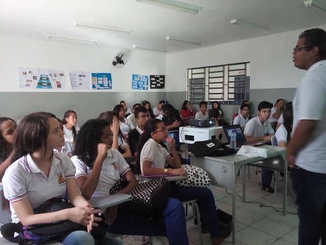 Cuidados com a água. Escola de Aplicação Vande de Souza Ferreira. Petrolina-PE. 06-05-2016 (1)