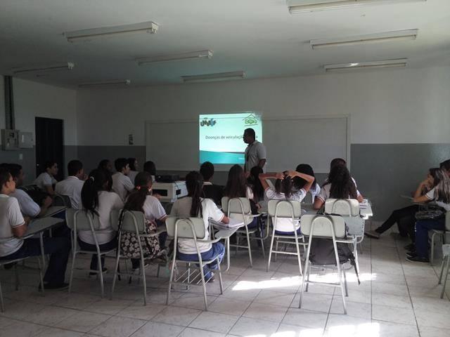 Cuidados com a água. Escola de Aplicação Vande de Souza Ferreira. Petrolina-PE. 06-05-2016 (2)